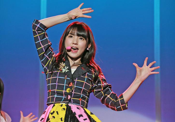 Wota in Translation & raquo; At last! Michishige Sayumi has her way with Sayashi Riho's lips at Yokohama Arena! (+ Sayu picspam)